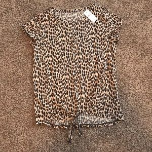 NWT Leopard tie front tee